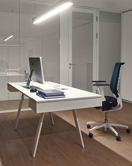 Bella Proporzione - Mobiliario de Oficina en Valladolid - Mesa de Oficina Ángulo de Altamira